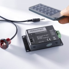 RGB Multidimmer, Multifunctionscontroller, with remote