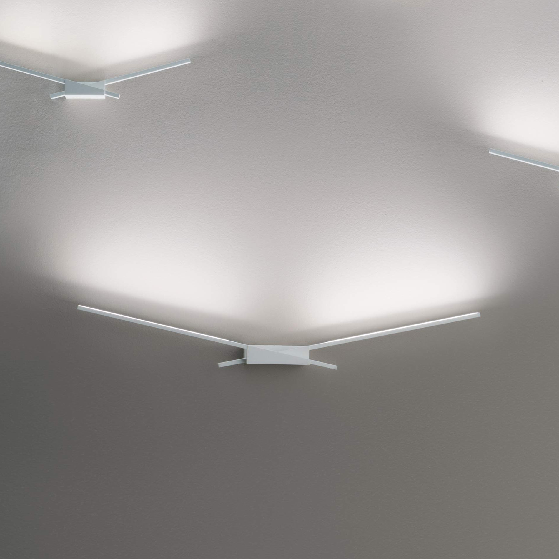 Linea Light S.r.l. Linea LED-Wandleuchte Wings 19W weiß 7414